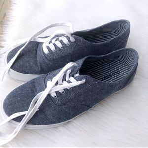 Old Navy Blue Flats Shoes